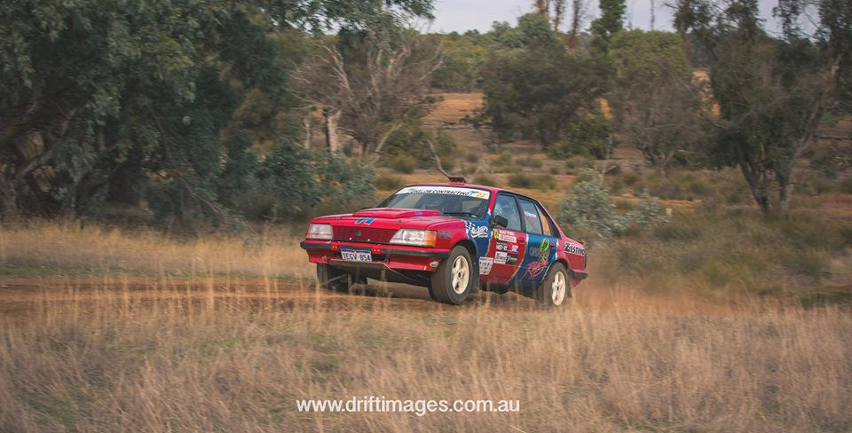 Hugh ans Karen airbourne on the Boddington Safari Rally